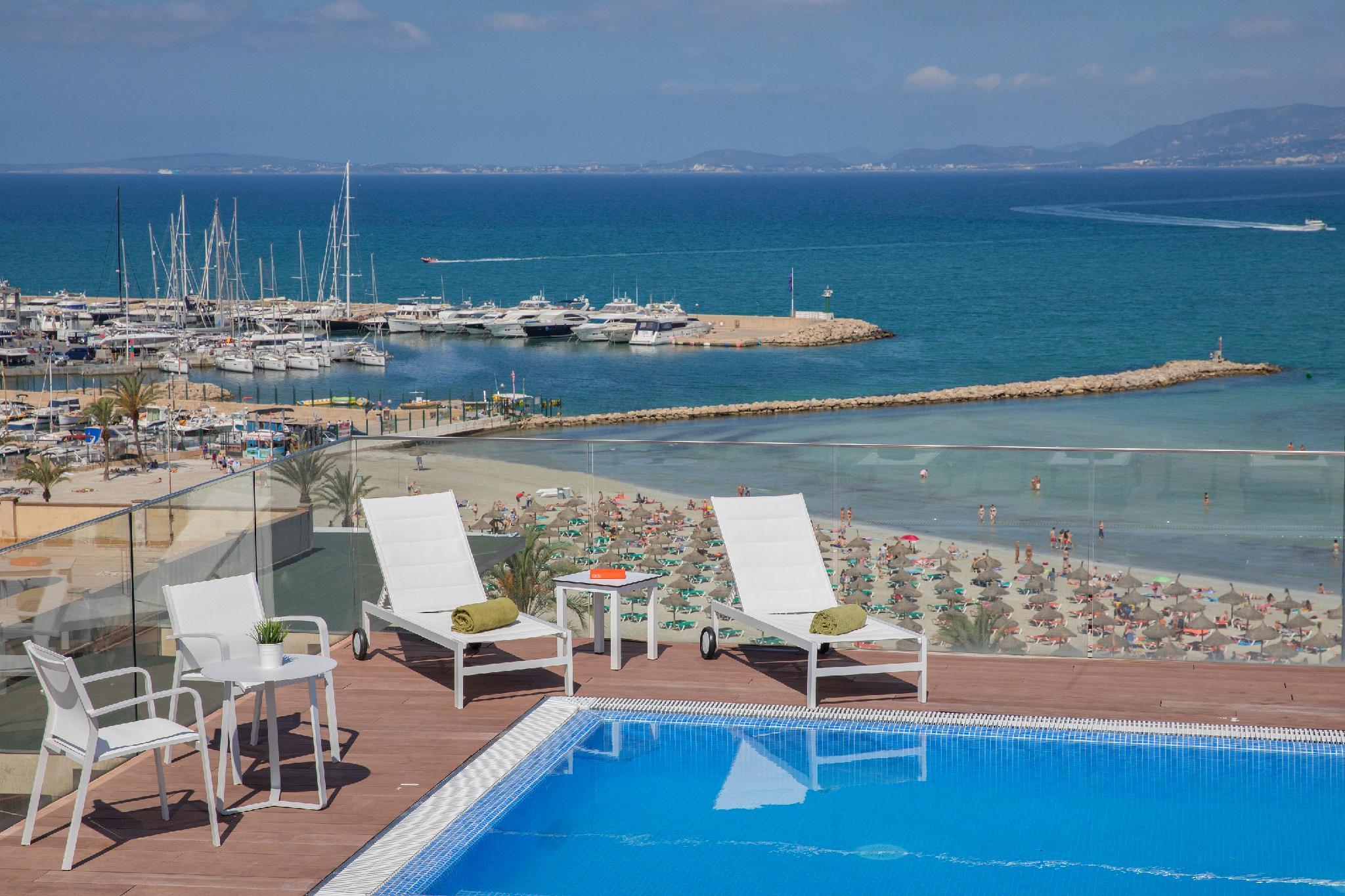 whala!beach Hotel