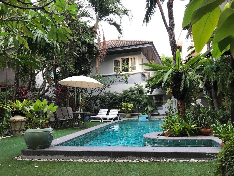 Spacious B&B near JJ market-Entire suite with Pool บ้านเดี่ยว 1 ห้องนอน 1 ห้องน้ำส่วนตัว ขนาด 50 ตร.ม. – จตุจักร