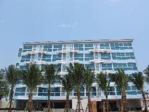 난트라 파타야 반 암포 비치  (Nantra Pattaya Baan Ampoe Beach)
