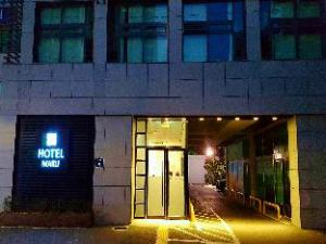 Maru Hotel Yeongdeungpo