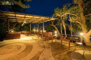 River CoCo Resort