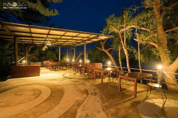 River CoCo Resort Samut Songkhram