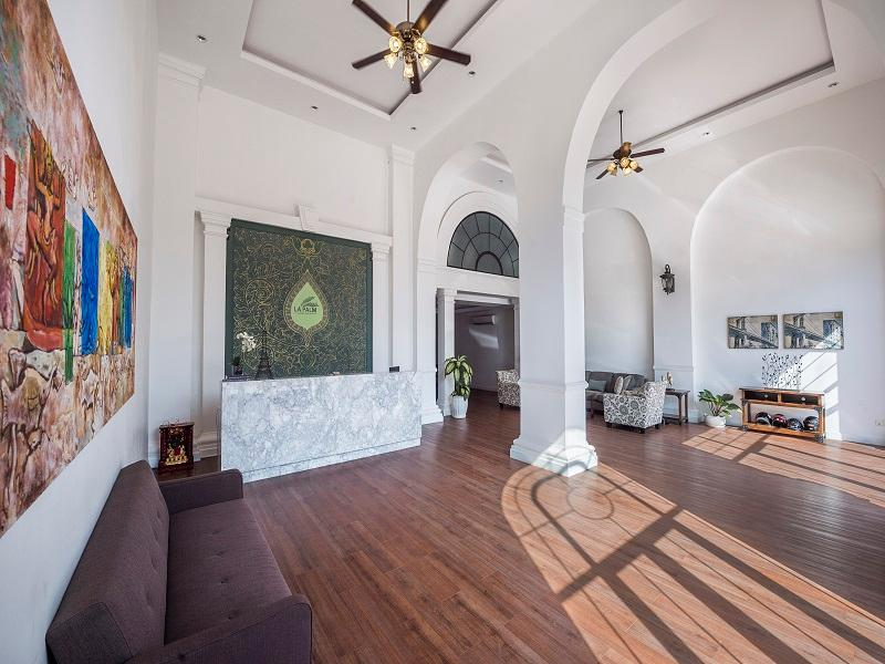 La Palm Serviced Apartment