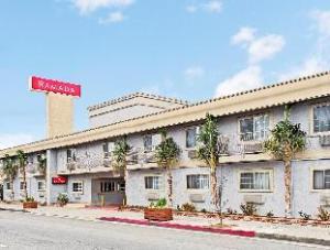 關於海濱德里華美達酒店 (Ramada Inn Marina del Rey)