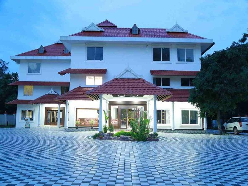 Thachaparambil Residency