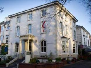 Hotels near Victoria Park Leicester - Belmont Hotel Leicester