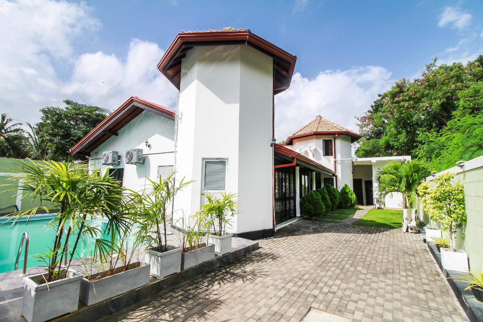 OYO 270 Pavana Resort