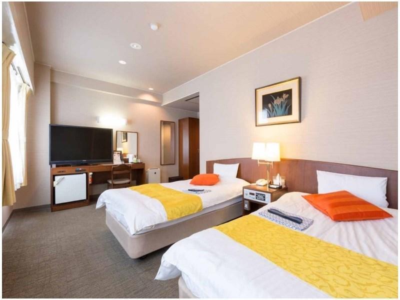HOTEL VAN CORNELL