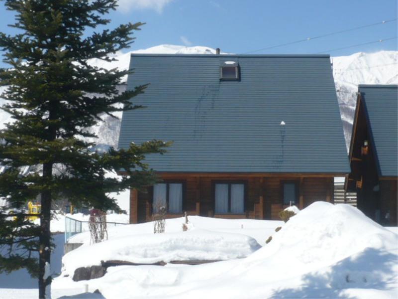 Kashibesso Hakuba Happo Log Cottage
