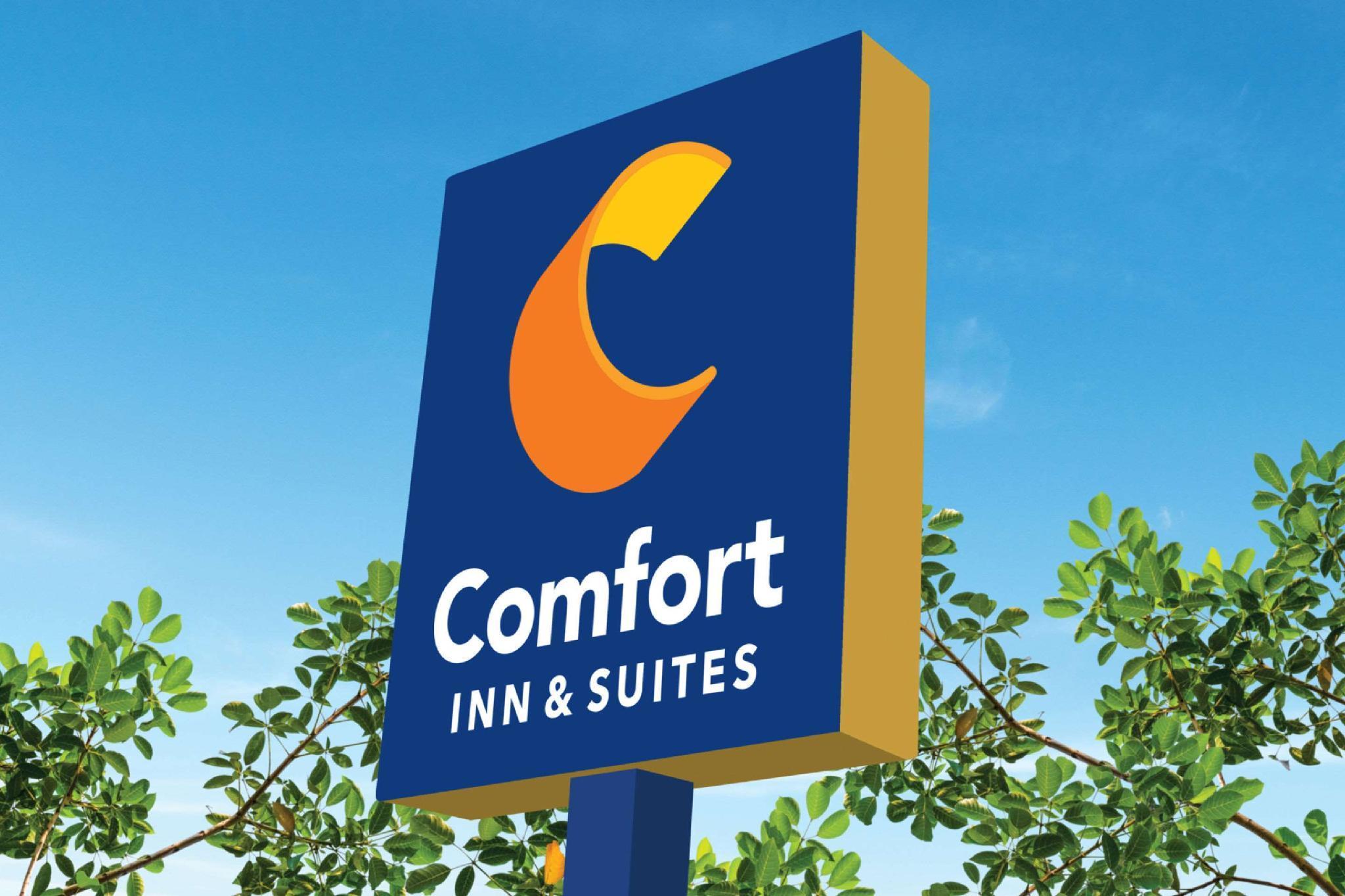 Comfort Inn And Suites ISU