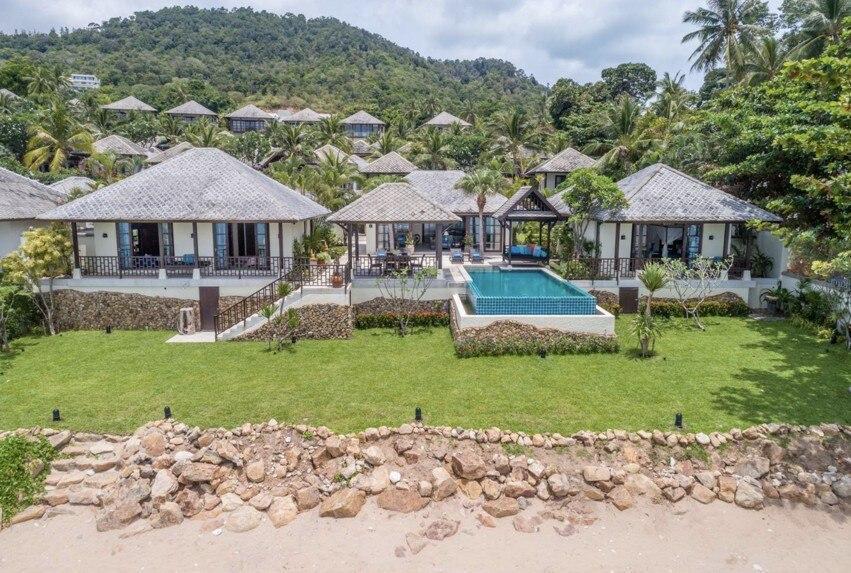4 Bed Beachfront villa in 5* Beach Resort วิลลา 4 ห้องนอน 4 ห้องน้ำส่วนตัว ขนาด 200 ตร.ม. – เชิงมน