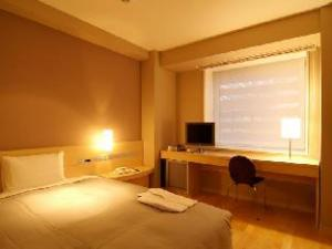 Library Hotel Higashi Nibancho