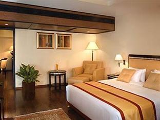 Fortune Inn Riviera Hotel