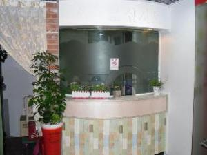 Praha Guest Housetel