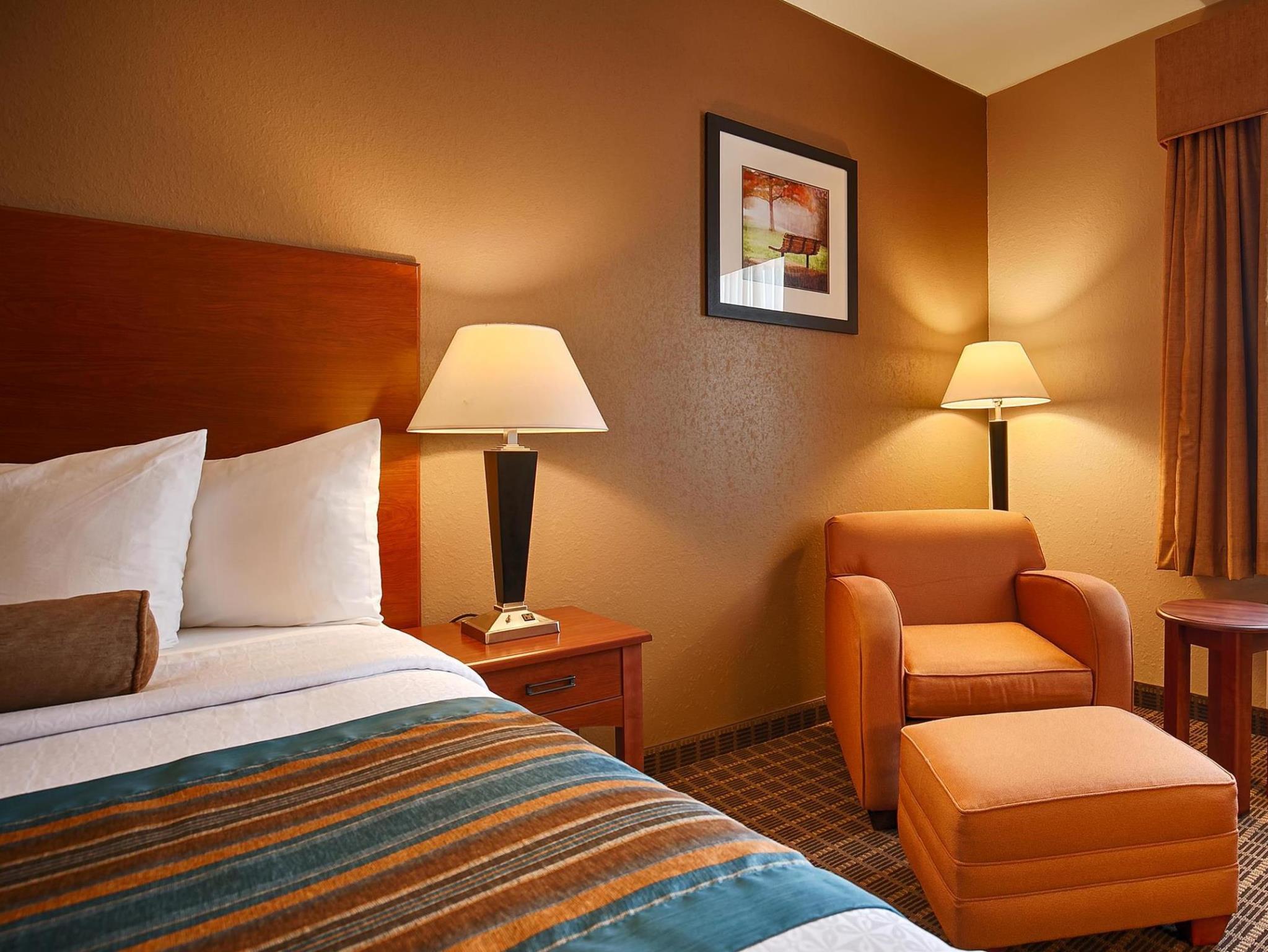 Price Best Western Orange Inn and Suites