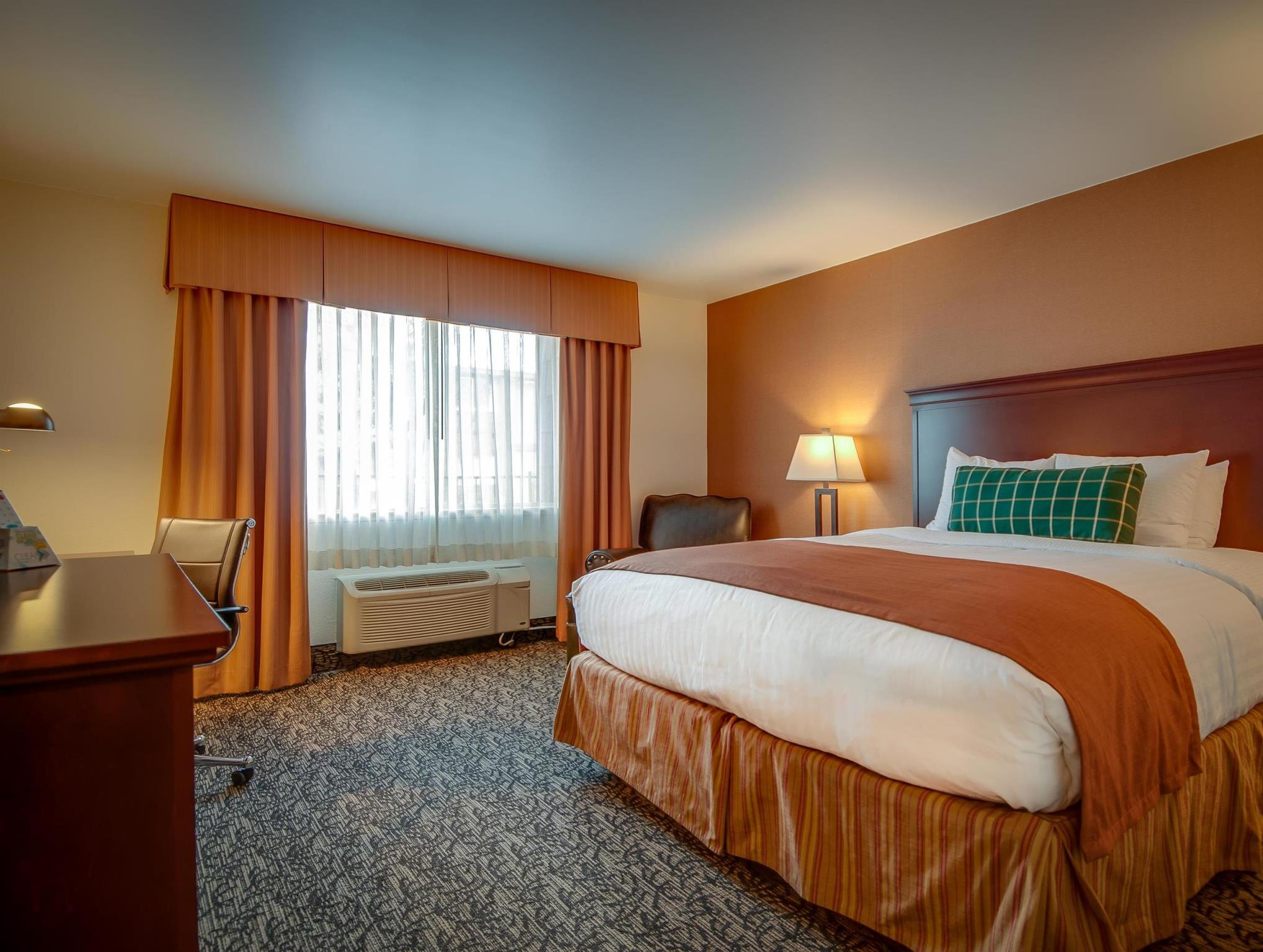 Price Best Western Plus Truckee-Tahoe Hotel
