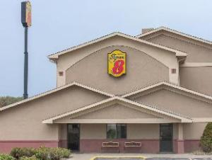 Super 8 - Youngstown/Austintown Area Hotel