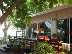 Larissa Samet Resort