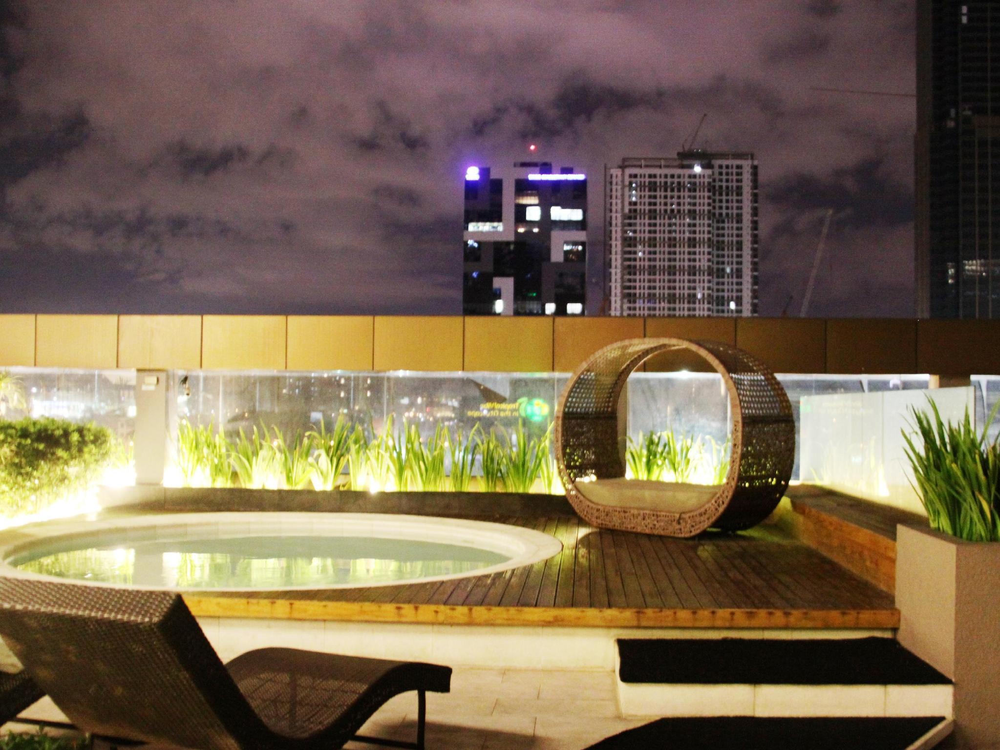 The Redbloom Suites Bonifacio Global City BGC