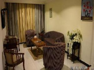 Dream Inn Hotel and Suites