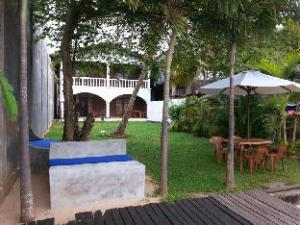 Cherry Lodge Bentota