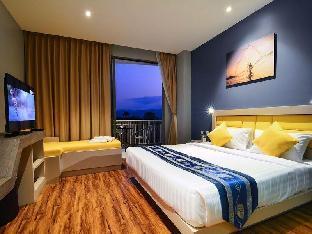 ザ ブルー ホテル The Blue Hotel