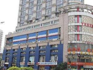 7 Days Premium Hotel Chengdu Kuangzhai Alley New City Square Branch