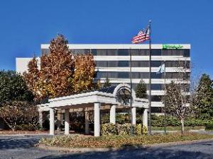 DoubleTree by Hilton Winston Salem University