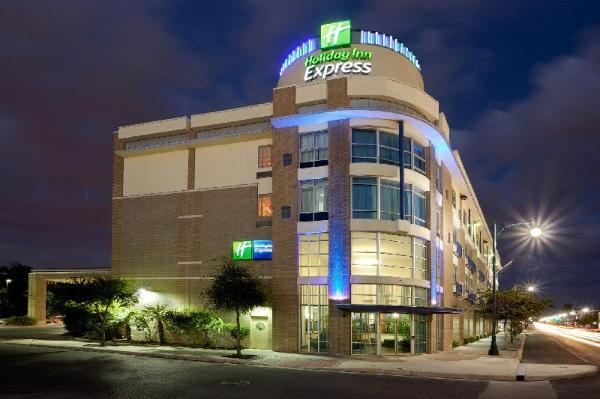 Holiday Inn Express Hotel & Suites San Antonio - Rivercenter Area San Antonio