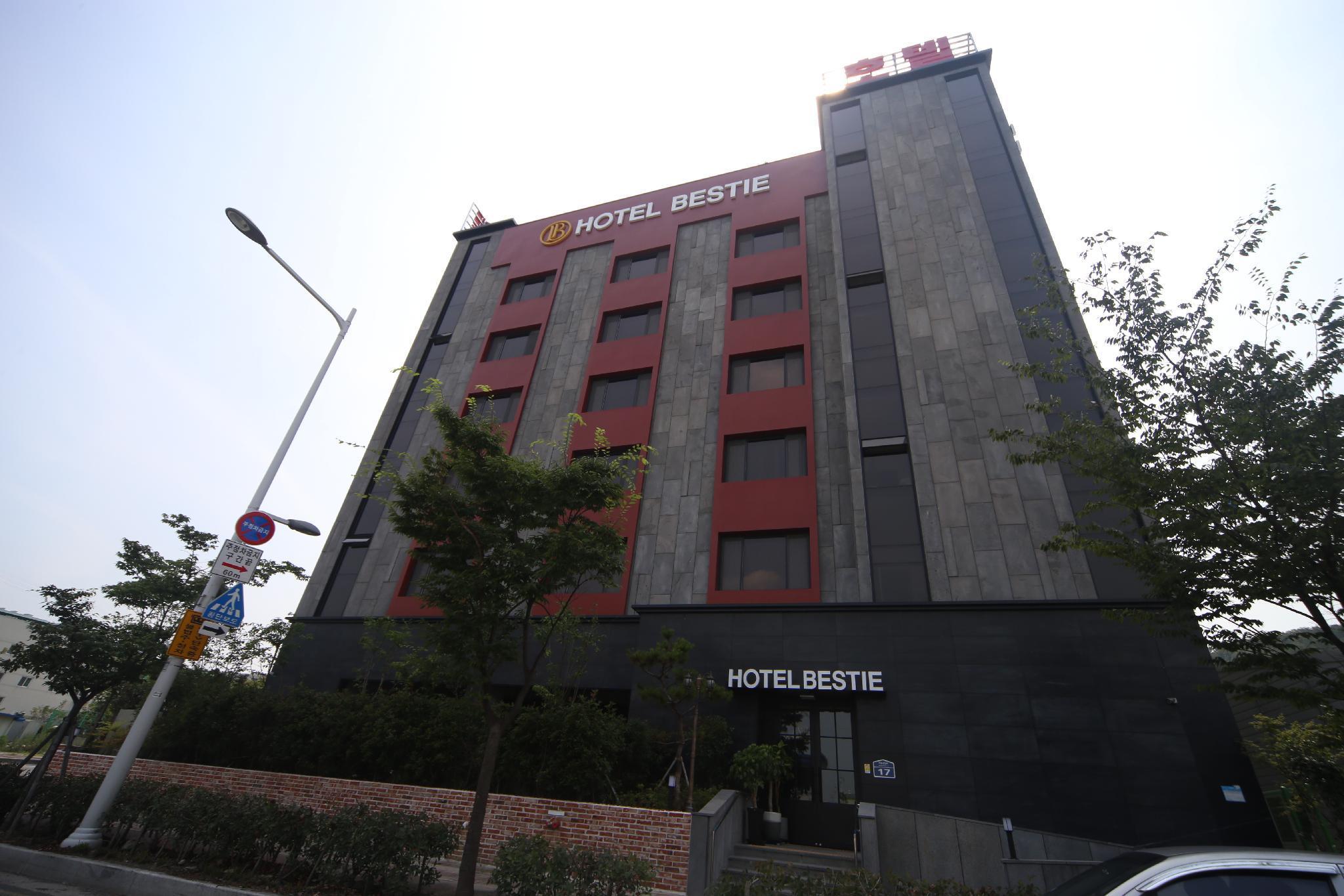 Bestie Hotel