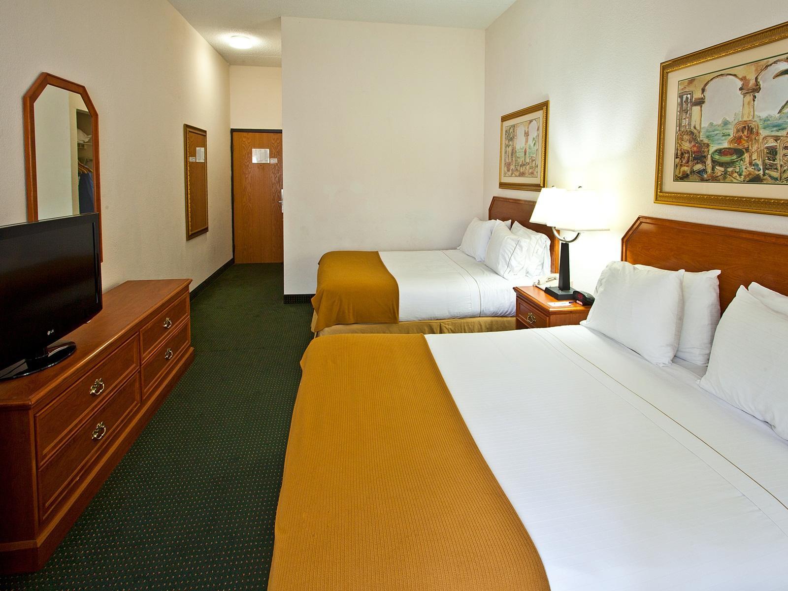 Holiday Inn Express Vero Beach West