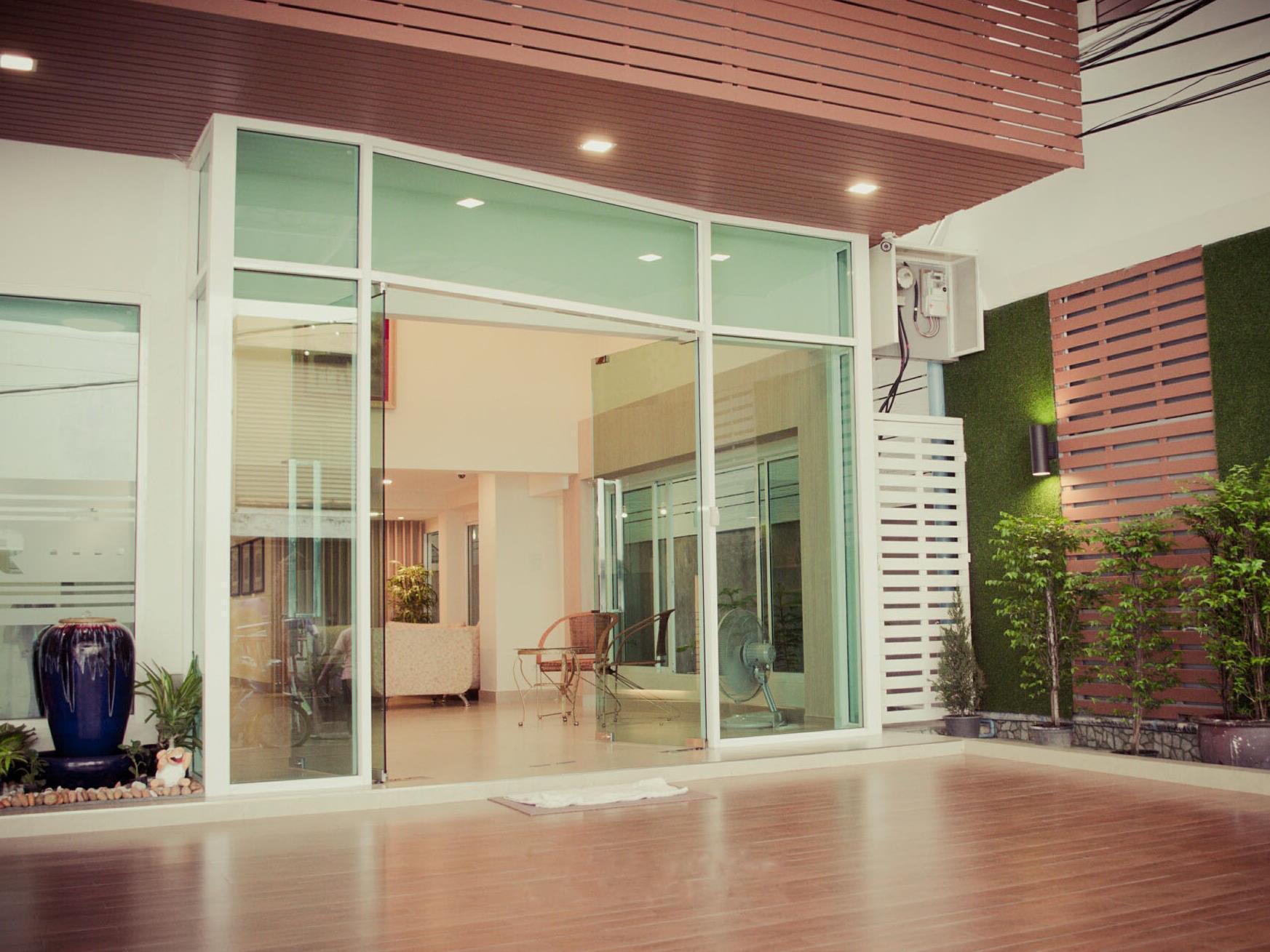 UR 22 Residence Bangkok ยูอาร์ 22 เรสซิเดนซ์ แบงค็อก