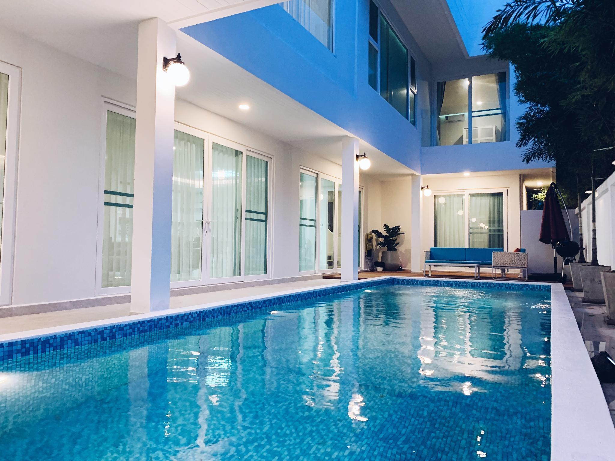 Luxury pool/nightmarket/bar/massage/barbecue/beach วิลลา 5 ห้องนอน 6 ห้องน้ำส่วนตัว ขนาด 600 ตร.ม. – หาดจอมเทียน