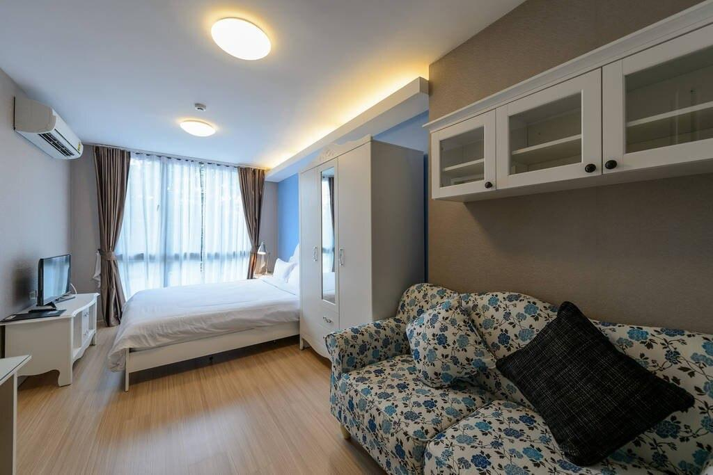 Clean 1 Bedroom Apartment