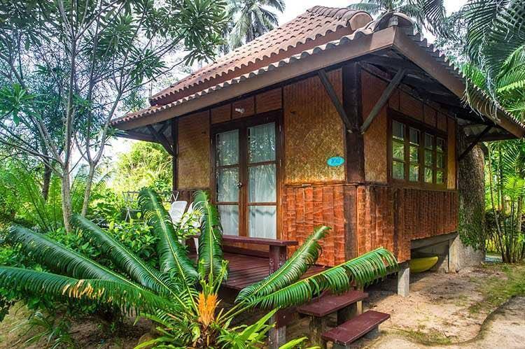 Cozy Balinese-Style Jungle Hut on Ao Prao Beach บังกะโล 1 ห้องนอน 1 ห้องน้ำส่วนตัว ขนาด 20 ตร.ม. – อ่าวพร้าว