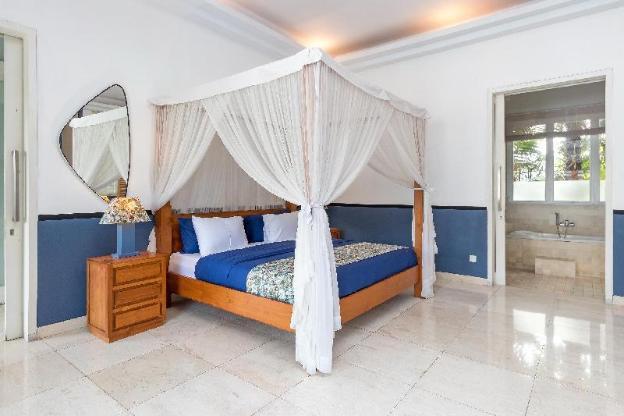 BIG DISC-Huge and Stylish Villa Canggu, Bali !