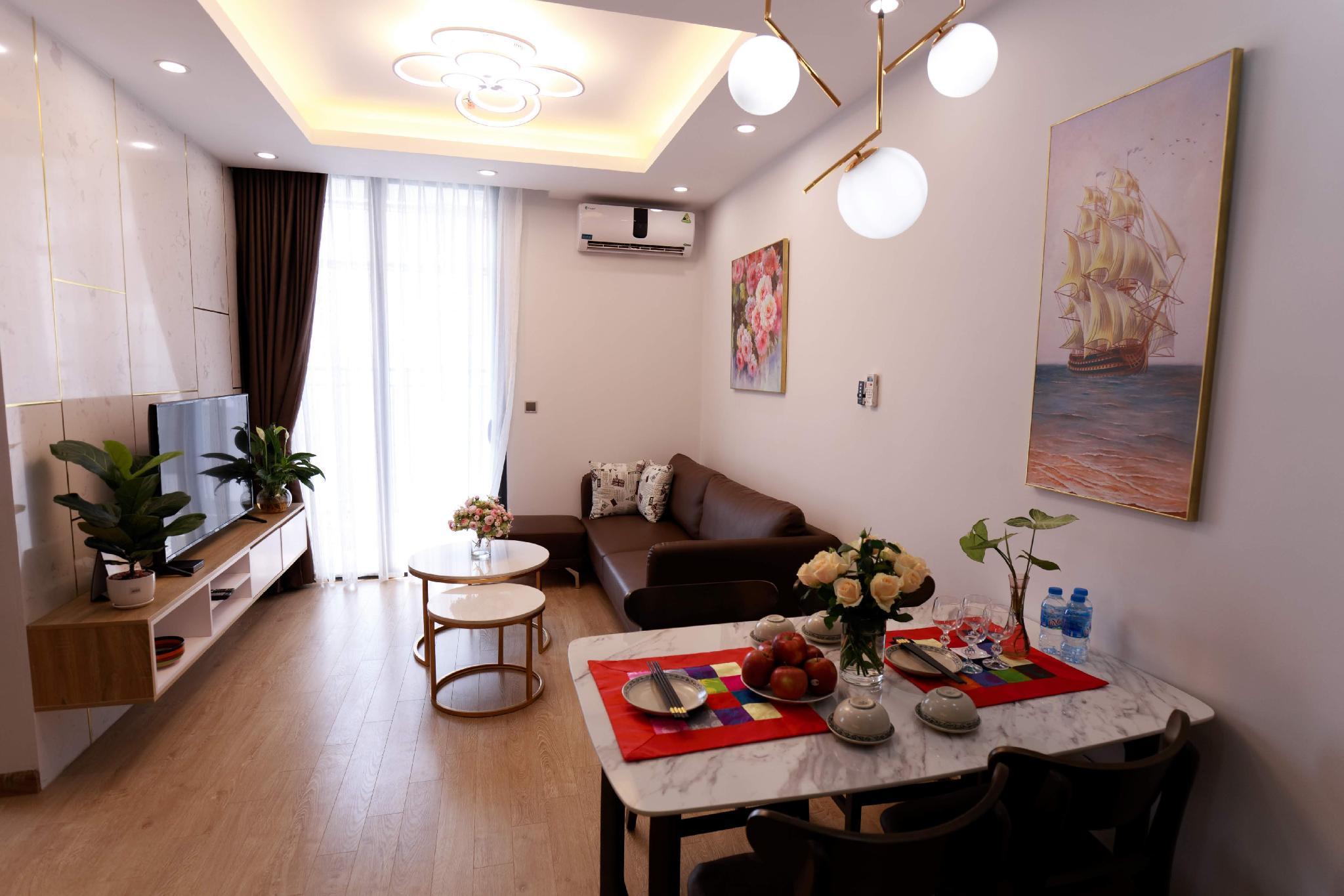 Apartment Luxury@Vinhomes Greenbay@Royal