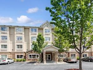 Microtel Inn & Suites by Wyndham Perimeter Center