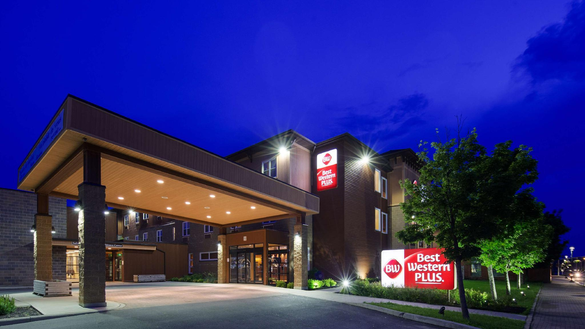 Best Western Plus Bathurst Hotel And Suites