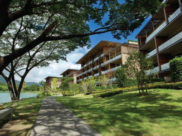 อัตตา เลคไซด์ รีสอร์ต สวีท – atta Lakeside Resort Suite