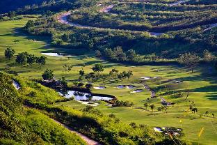 picture 3 of Splendido Taal Country Club
