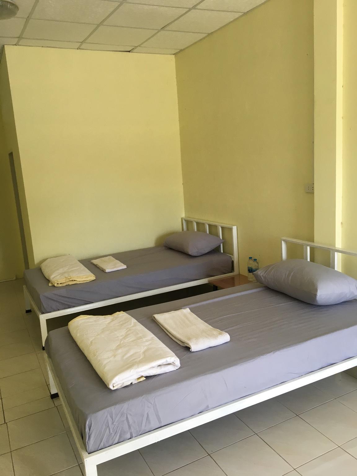 Pakchong Hostel 0918319085