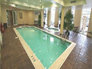 Candlewood Suites Indianapolis Airport 5