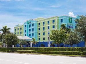 ホリデイ イン エクスプレス ホテル&スイーツ フォート ローダーデール エアポート/クルーズポート (Holiday Inn Express Hotel & Suites Fort Lauderdale Airport/Cruise Port)