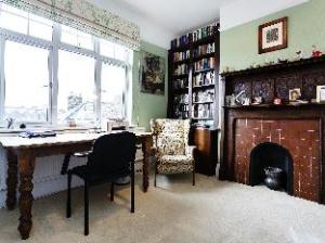 Veeve  Apartment West Hampstead