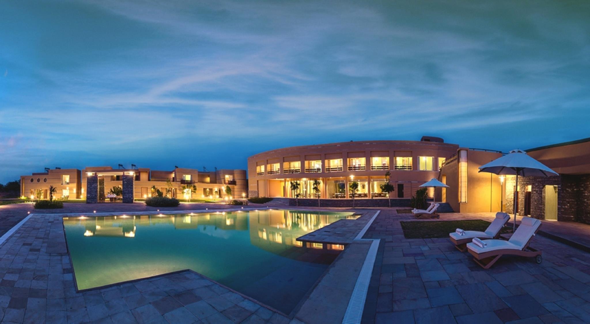 Dera Masuda Luxury Resort