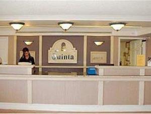La Quinta El Paso Lomaland Hotel