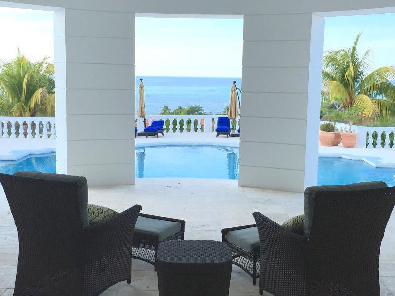 Ocean West Boutique Hotel