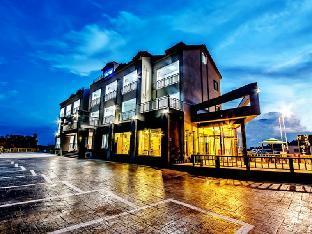 Narsha Resort
