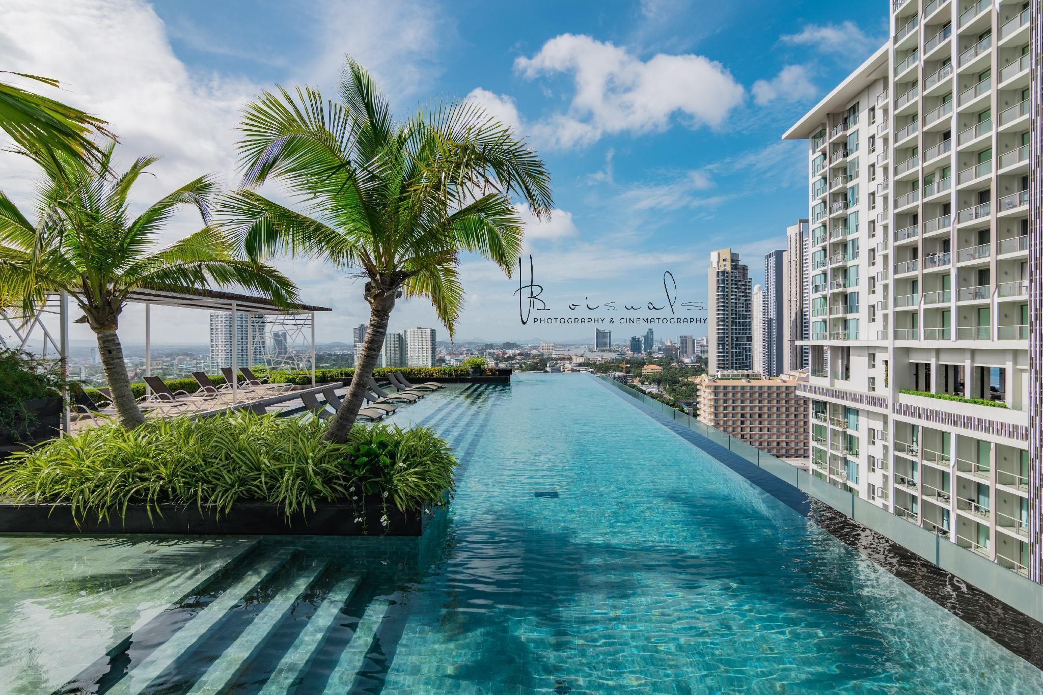 The Riviera Wongamat by Pattaya Holiday เดอะ ริเวียร่า วงศ์อมาตย์ บาย พัทยา ฮอลิเดย์